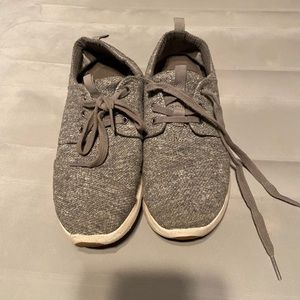 TOMS Grey Knit Sneakers